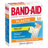 BANDAID REGULAR PLASTIC STRIPS PKT50 637756